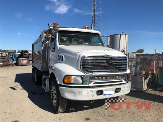 2006 Sterling LT9500HX Universal Truck Wreckers - Trucks for Sale