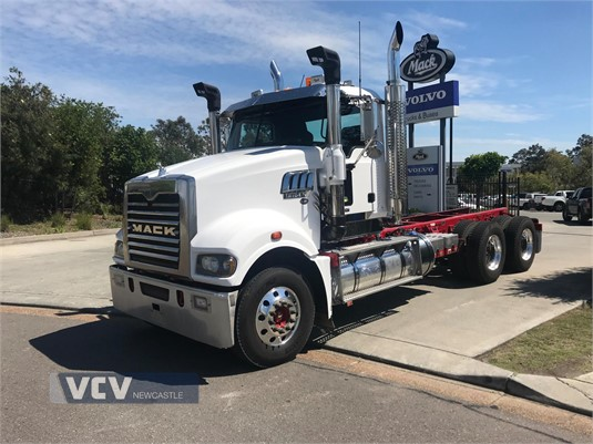 2015 Mack Trident Volvo Commercial Vehicles - Newcastle - Trucks for Sale
