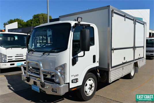 2017 Isuzu NQR 87 190 - Trucks for Sale