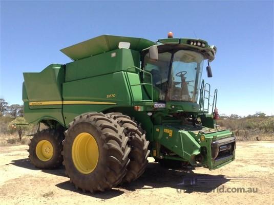 2013 John Deere S670  - Farm Machinery for Sale