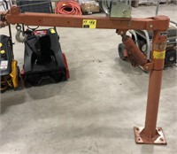 Floor Mounted Engine Hoist. 1000 lb capacity