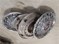 "16.5"" Cadillac hubcap"