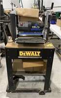 Delta 12.5 inch portable planer on cart with