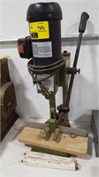Central Machinery Mortising Machine w/2 Bits