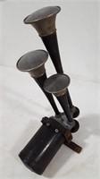 Vintage Sparton Triple Auto Horn Set
