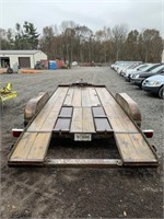 1993 20ft Paris Dove Tail Trailer with Winch