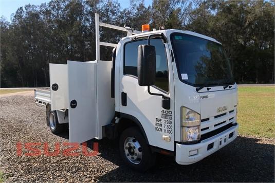 2010 Isuzu NPR 400 Medium Used Isuzu Trucks - Trucks for Sale