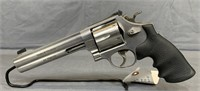 Smith and Wesson 629-4 Classic Revolver .44 Mag