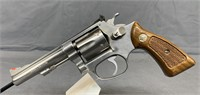 Smith and Wesson 63 Revolver .22 LR