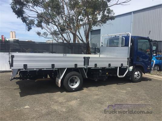 2018 Isuzu NPR Westar  - Trucks for Sale