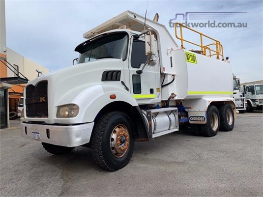 2009 Mack other - Trucks for Sale