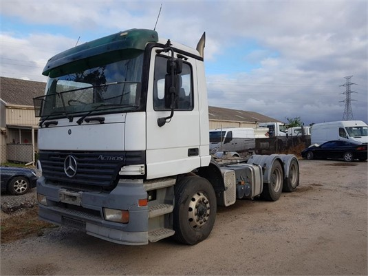 2001 Mercedes Benz Actros - Trucks for Sale