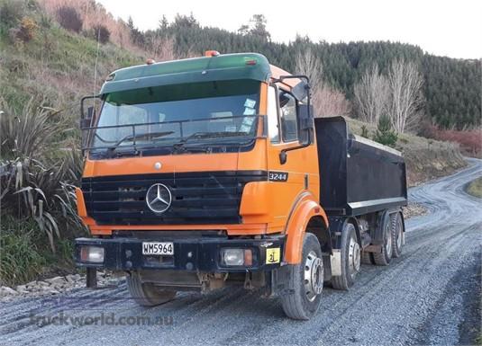 1997 Mercedes Benz 3244  - Trucks for Sale