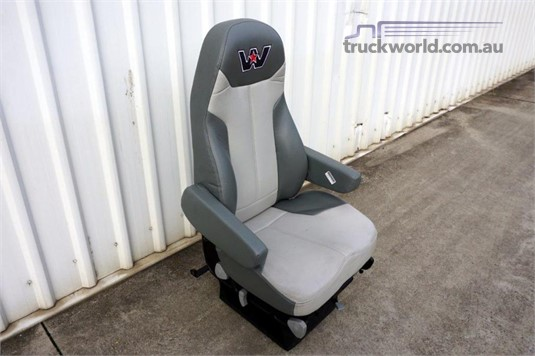0 Western Star Air Suspension Seat - Parts & Accessories for Sale
