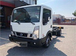 NISSAN NT400  Nowy