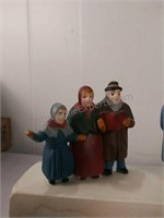 Heritage Village Collection carolers set of 3