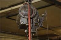 A-Frame w/700# Air Hoist in Working Condition