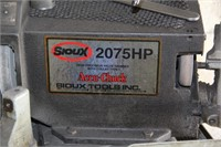 Sioux Accu Chuck Valve Grinder in Work. Condition