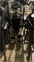 Cybex 610A Arc Trainer