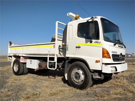 2005 Hino GH Wheellink - Trucks for Sale