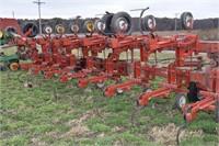 Tillage Equipment - Row Crop Cultivators  YETTER 4