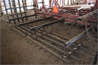 Tillage Equipment - Field Cultivators  CASE IH 430