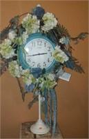 Nice Decorator Clock Designs by Diana