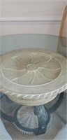 Broyhill Glass top round table with 4 chairs