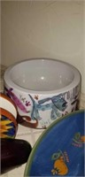 Pottery jar with lid, oil diffuser, & more