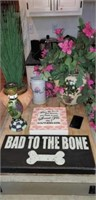 Bad to the bone wall hanger, vases,