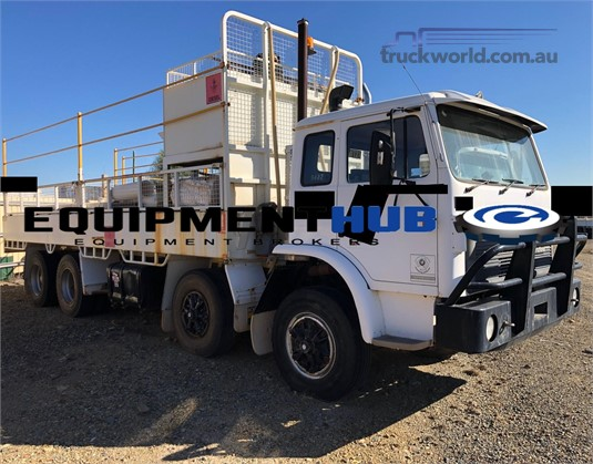 1994 International Acco T2670 - Trucks for Sale