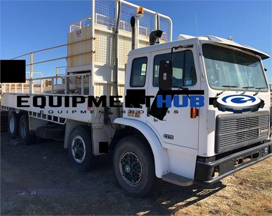 1995 International Acco 2350E - Trucks for Sale