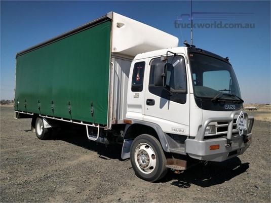 2005 Isuzu FRR500 Wheellink - Trucks for Sale