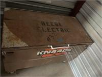 """KNAACK Job Box 24""""x48"""""""