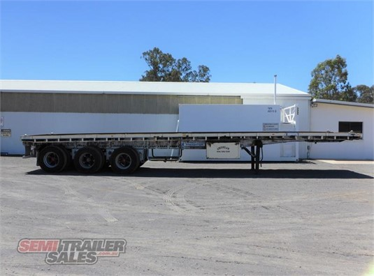 1979 Freighter Flat Top Trailer - Trailers for Sale