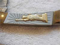 """2 Vintage Statue of Liberty Commemoratives 4.5"""""""
