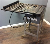 ROCKWELL DELTA 9'' TABLE SAW