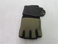 """As Is"" Century Brave Gel Gloves Men's Size S/m"
