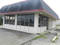 Former Henry's Restaurant Building and Contents