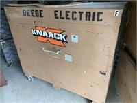 KNAACK # Storage Job Locker