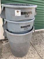 Set of 3 Brute by Rubbermaid 10gal Trash Cans