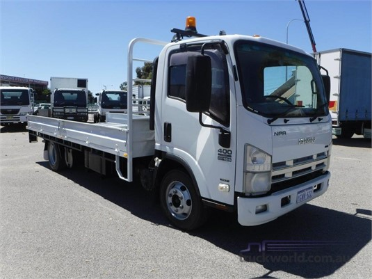 2009 Isuzu NPR 400 Long - Trucks for Sale