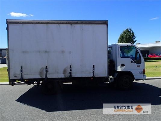 2004 Isuzu NPR 400 Eastside Commercials - Trucks for Sale