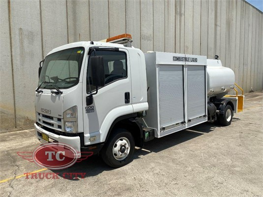 2008 Isuzu FRR 600 Long Truck City - Trucks for Sale