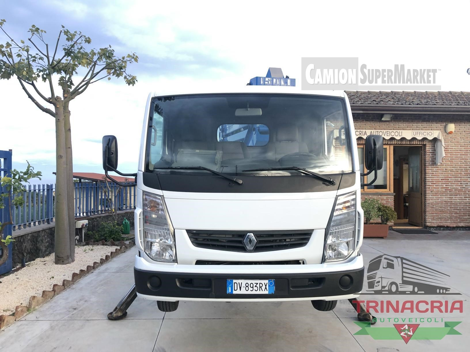 Renault MAXITY 130.35 used 2011