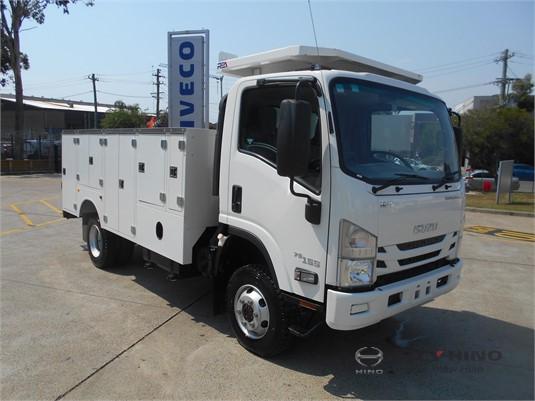 2017 Isuzu NPS 300 4x4 City Hino - Trucks for Sale