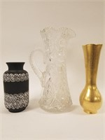 Water pitcher and vases lot
