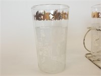 Set of 8 mid century glasses and caddy