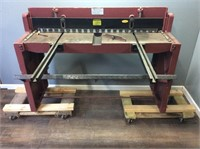 INDUSTRIAL NORTHERN 52'' PRECISION FOOT SHEAR