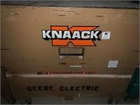 KNAACK Job Box 2'x4'